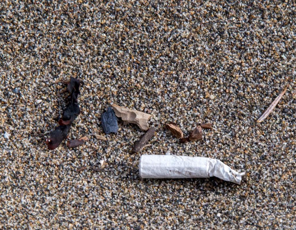 Plastic in Wreck Beach - Said Abugattas.11